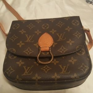 Louis Vuitton St Cloud Crossbody. (8X8inch)